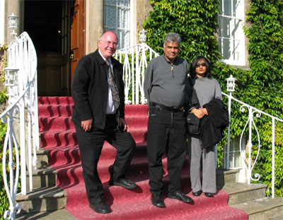 Tony with Mr & Mrs Wickremesinghe on the steps of Culloden House Hotel